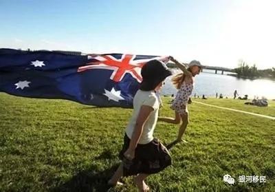 无学历、英语要求!澳洲188A商业投资移民常见问题解答!