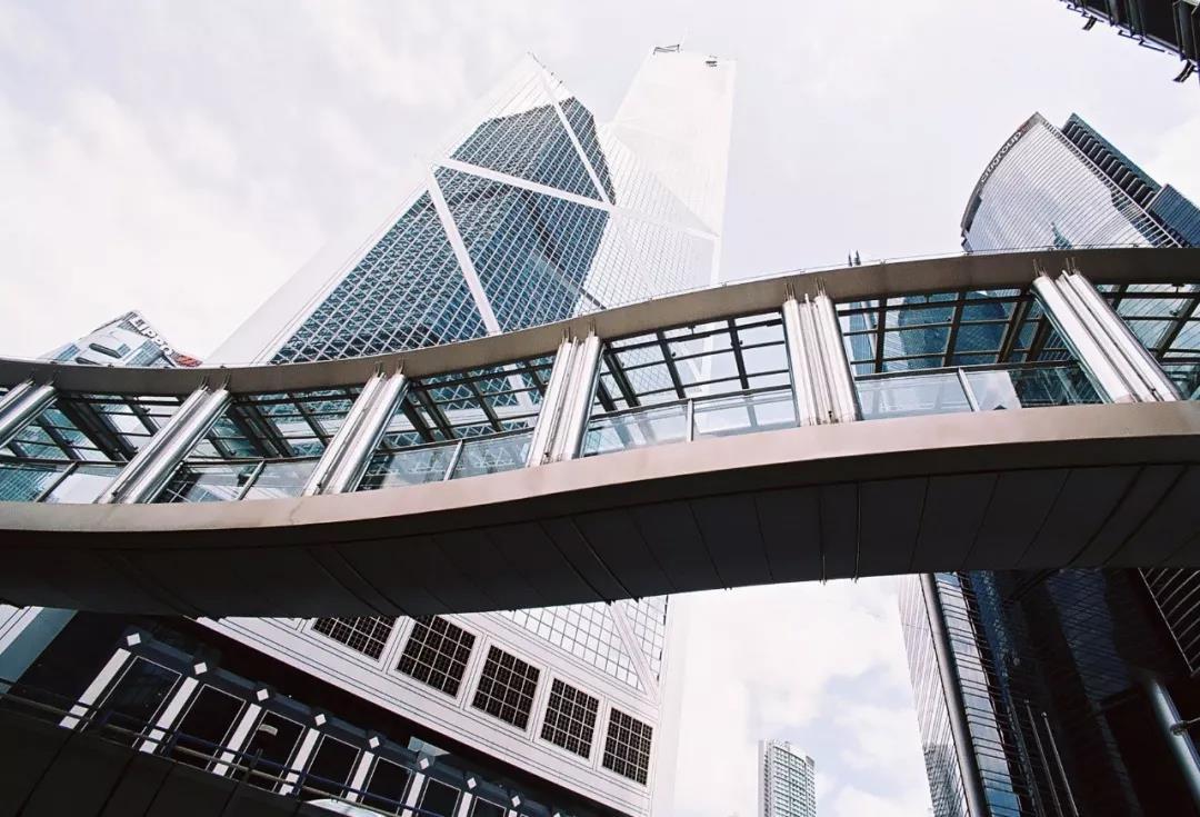 内地人士如何在香港开立银行账户?