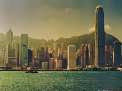 大陆的崛起引致香港衰落?假的!