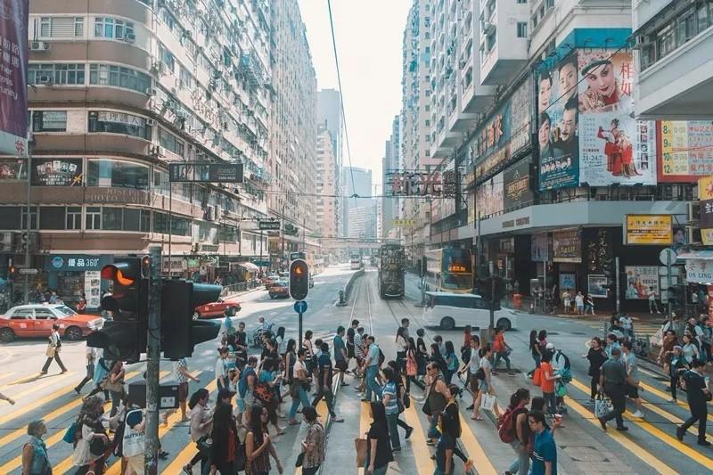 港漂7年,月薪2W的我在香港活成什么样?