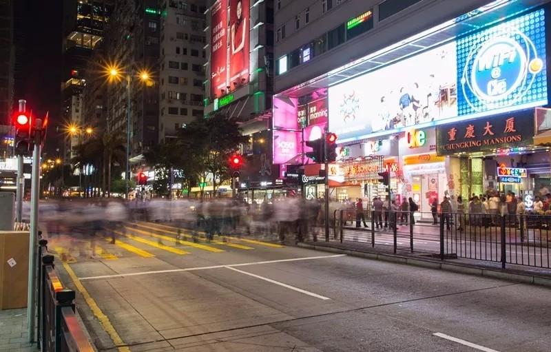 内地人到香港旅行,为何本地人却能一眼认出?