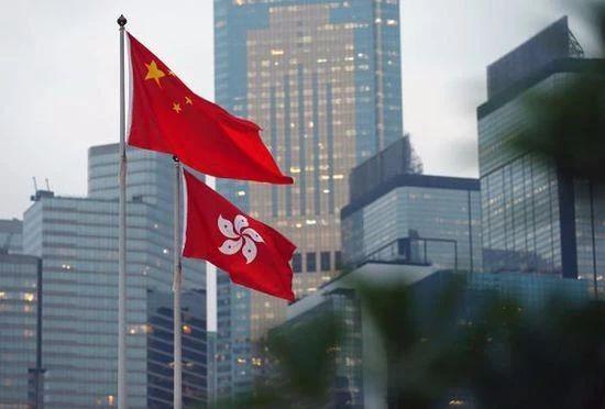 在香港问题上,美国就像那个嘴碎的怨妇…