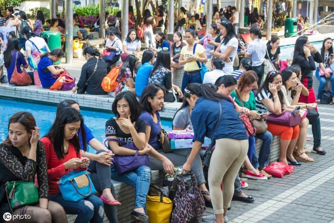 在香港养大一个孩子至少要花多少钱?