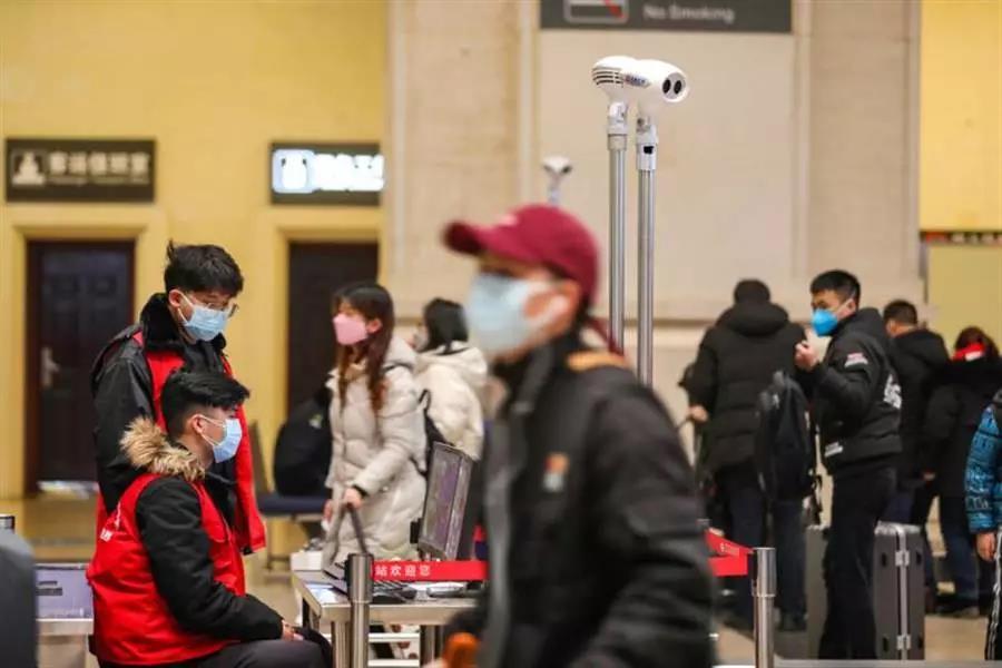 """现在能去香港上班、上学、转机、办事吗?""""强制检疫""""期间Q&A合集"""