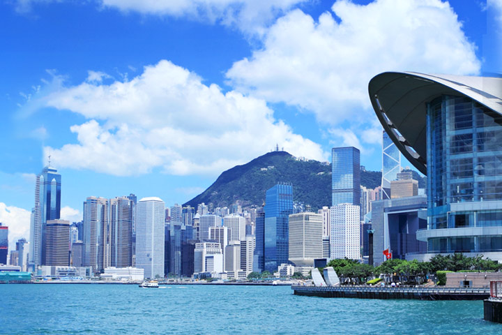 """""""港版国安法""""设立会引美国制裁香港,造成香港金融地位下降?"""